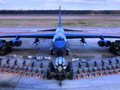 b52 aeroplane