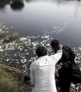 rawalpindi men dip in water